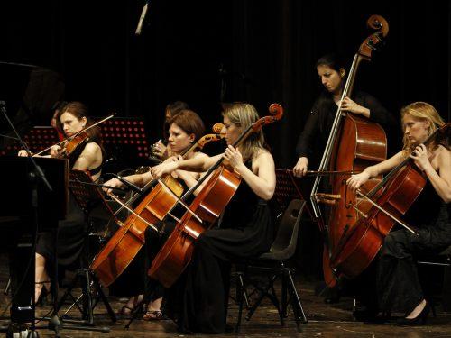 """""""Orchestra femminile italiana"""": talenti femminili in ambito artistico"""