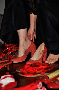 Calza le scarpe