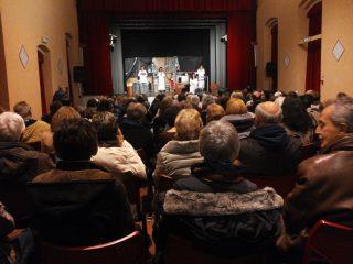 Numeroso il pubblico intervenuto allo spettacolo